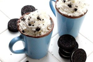 CQ- Cookies and cream hot chocolate