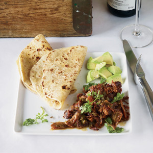 A120622 Hard To Pair Foods. October 2012 Food & Wine Spicy: Carnitas w/Garlic & Orange. Wine pairing: Kabinett Riesling.
